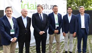 L'ajuntament de la Pobla de Vallbona dóna suport a una de les seues empreses insígnia