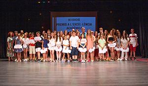 37 alumnes excel·lents reben el reconeixement de l'Ajuntament de la Pobla