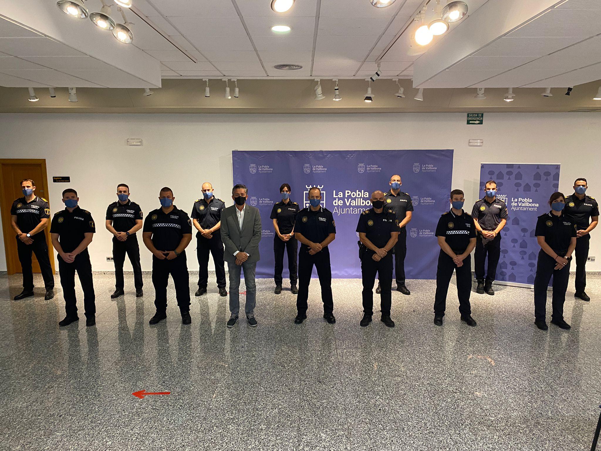 L'Ajuntament presenta els 13 agents que s'incorporen a la Policia Local